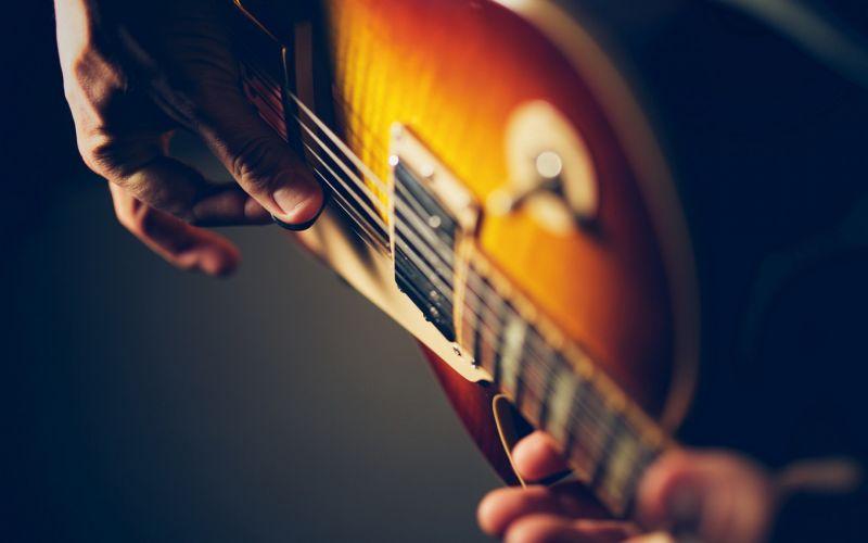 Уроки игры на гитаре. Репетитор по гитаре в г. Санкт-Петербург