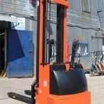 Штабелер электрический (самоходный) грузоподъемность 1.5 тонн